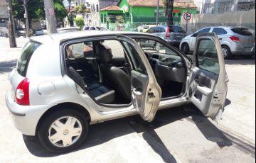 Renault Clio Hatch. Authentique 1.0 16V (flex) 4p - Foto #3