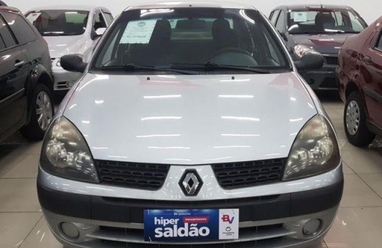 Renault Clio Sedan Authentique 1.0 16V - Foto #1