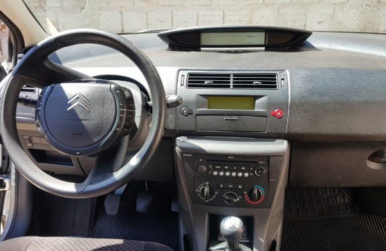 Citroën C4 Pallas GLX 2.0 16V - Foto #6