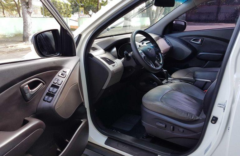 Hyundai ix35 2.0 GLS Intermediário 4WD (Aut) - Foto #2