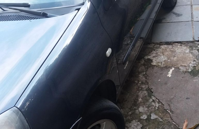 Renault Clio Sedan Privilége 1.6 16V - Foto #4
