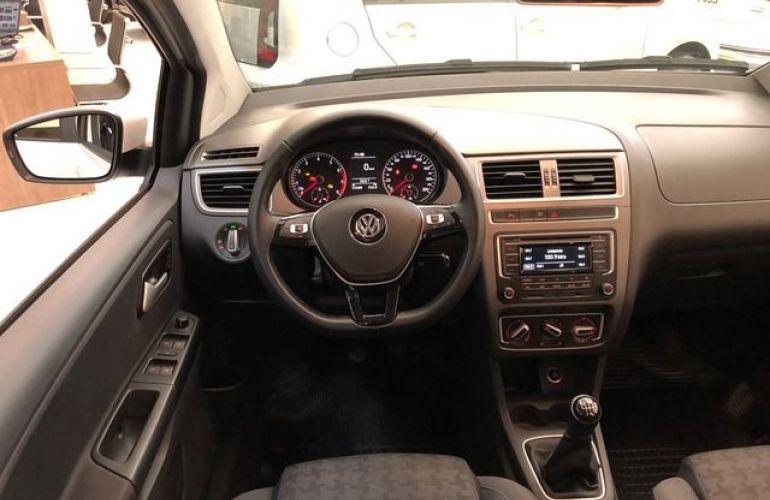 Volkswagen Fox Comfortline 1.0 MPI Total Flex - Foto #3