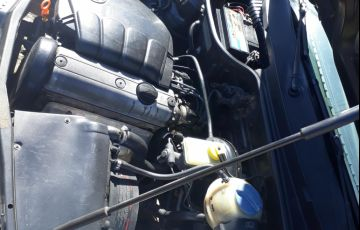 Volkswagen Gol Plus 1.0 8V 2p - Foto #3