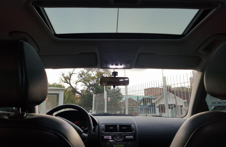 Ford Mondeo Sedan Ghia 2.0 16V (Aut) - Foto #2