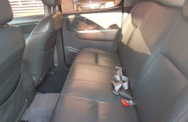 Toyota Hilux 3.0 TDI 4x4 CD SR (Aut) - Foto #7