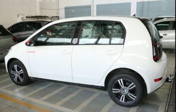 Volkswagen Up! 1.0 12v TSI E-Flex Pepper - Foto #4
