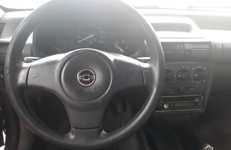 Chevrolet Corsa Hatch Wind Super 1.0 EFi - Foto #2