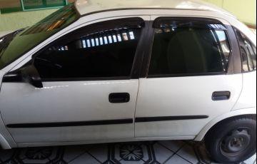 Chevrolet Corsa Sedan Premium 1.0
