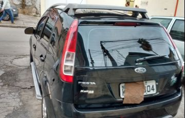 Ford Fiesta Hatch Trail 1.0 (Flex) - Foto #4