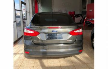 Ford Focus Sedan S 2.0 16V PowerShift (Aut) - Foto #4