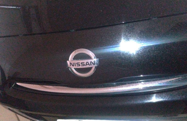 Nissan March 1.6 16V SR (Flex) - Foto #4
