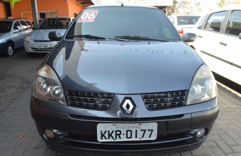 Renault Clio 1.0 16V (flex) 2p - Foto #3