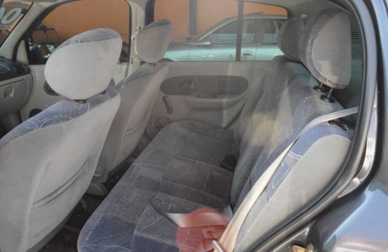 Renault Clio 1.0 16V (flex) 2p - Foto #10