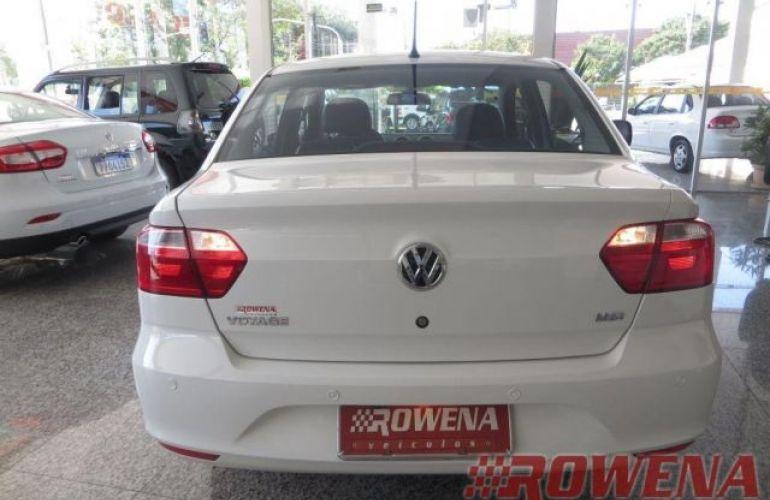 Volkswagen Voyage Trendline 1.6 Total Flex - Foto #4