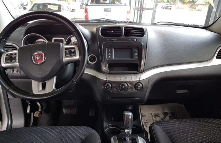 Fiat Freemont 2.4 16V Emotion (Aut) - Foto #4