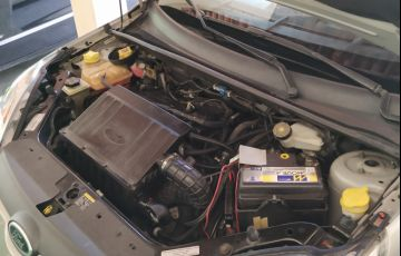 Ford Fiesta Hatch Rocam 1.6 (Flex) - Foto #6