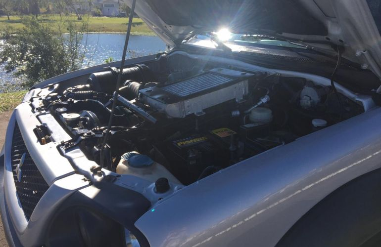 Mitsubishi L 200 GL 4x4 2.5 Turbo (cab. dupla) - Foto #3