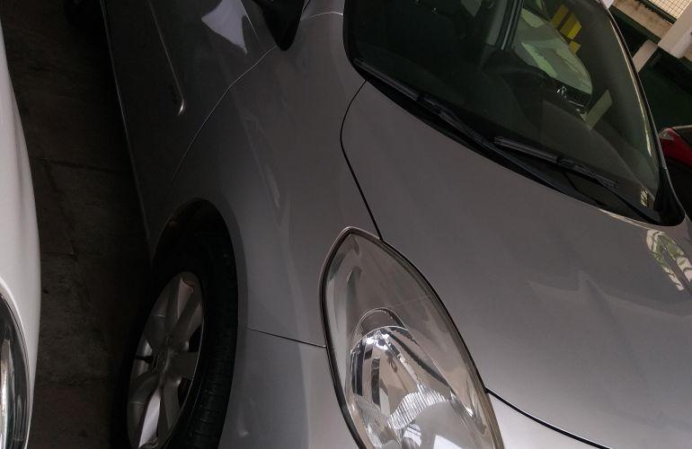 Nissan Versa 1.6 16V SL - Foto #1
