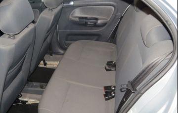 Volkswagen Voyage 1.6 VHT Comfortline (Flex) - Foto #6