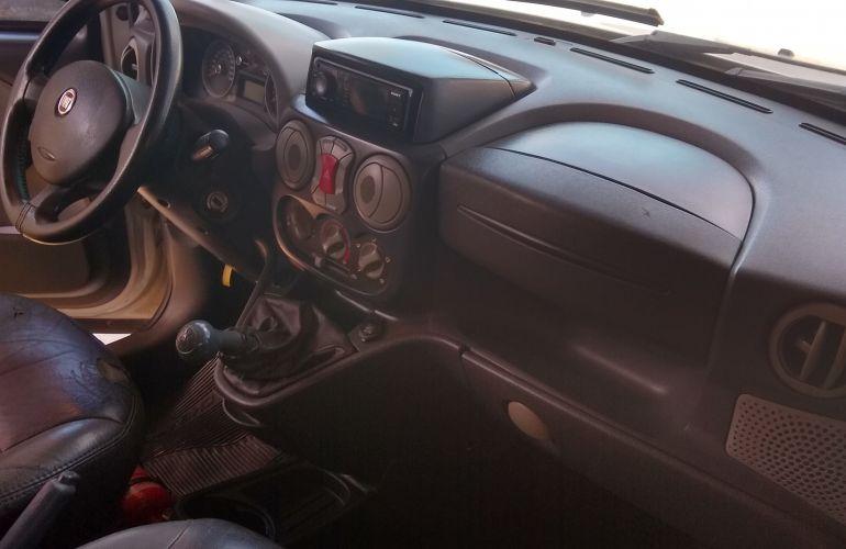 Fiat Doblò Essence 1.8 16V (Flex) - Foto #7