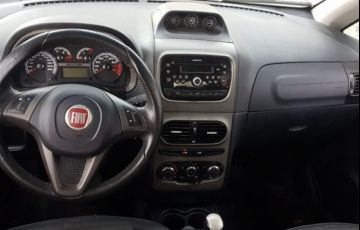 Fiat Idea Adventure 1.8 16V Flex - Foto #4