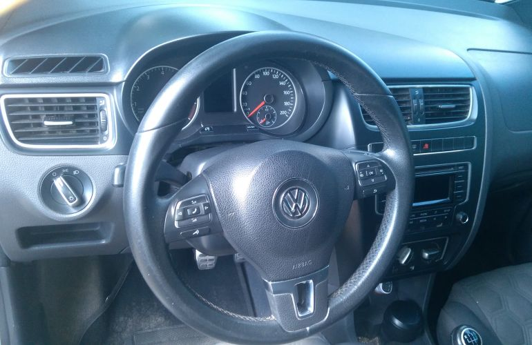 Volkswagen Fox 1.0 TEC Seleção (Flex) - Foto #7