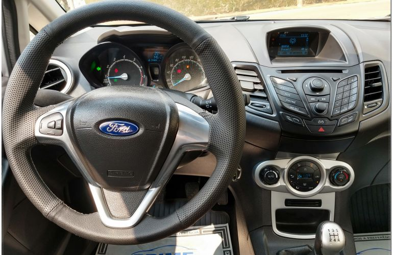 Ford New Fiesta SE 1.6 16V - Foto #10