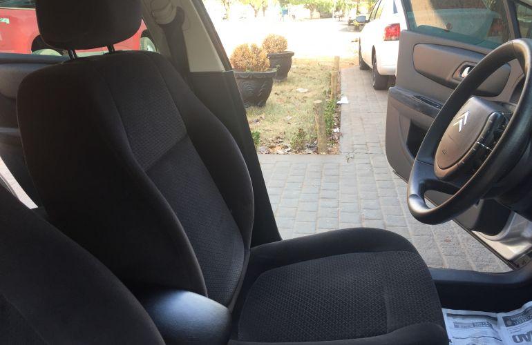 Citroën C4 Pallas Exclusive 2.0 16V (flex) (aut) - Foto #9