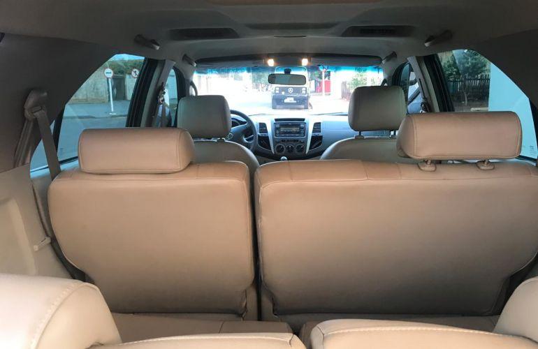 Toyota Hilux SW4 SR 4x2 2.7 VVT-i - Foto #1