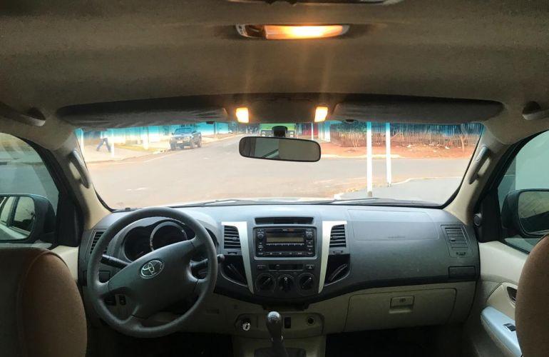 Toyota Hilux SW4 SR 4x2 2.7 VVT-i - Foto #8