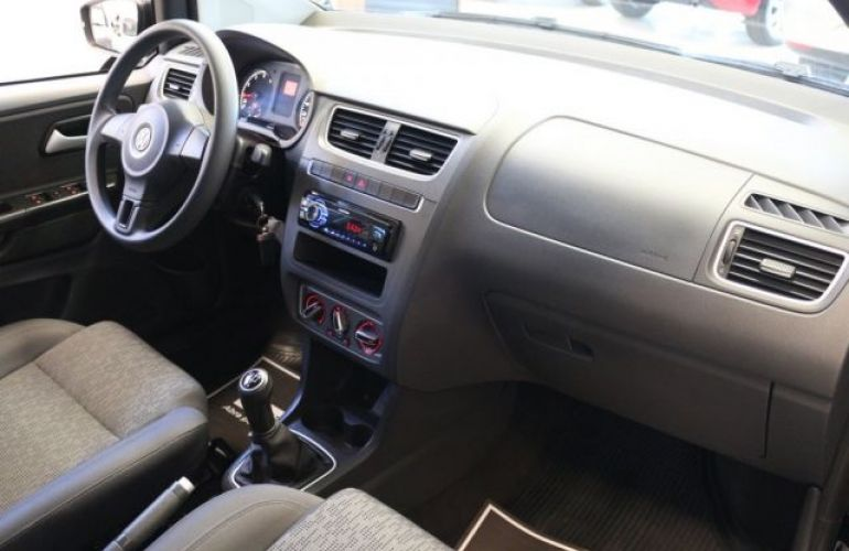 Volkswagen Fox Bluemotion 1.0 Mi 8V Total Flex - Foto #7