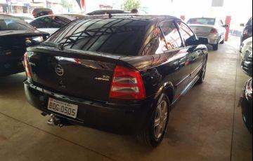 Chevrolet Astra Hatch Comfort 2.0 (Flex) - Foto #3