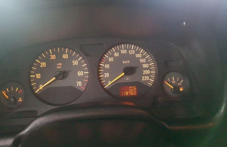 Chevrolet Astra Hatch Comfort 2.0 (Flex) - Foto #5