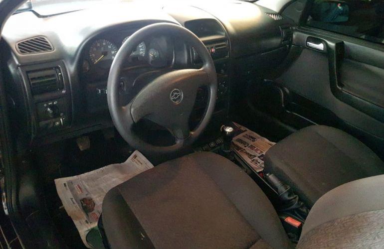 Chevrolet Astra Hatch Comfort 2.0 (Flex) - Foto #6