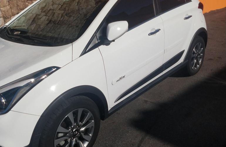 Hyundai HB20X Premium 1.6 (Aut) - Foto #9
