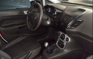 Ford Fiesta SE 1.6 - Foto #5