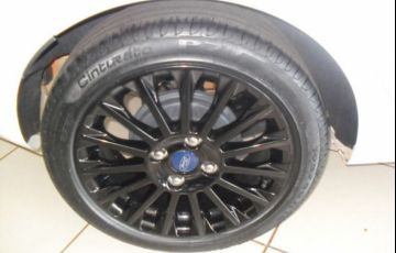 Ford Fiesta SE 1.6 - Foto #8