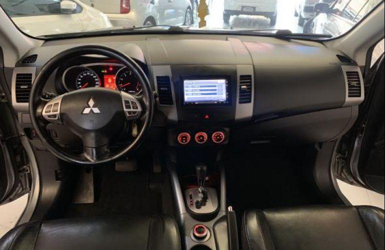 Mitsubishi Outlander 2.4 - Foto #8