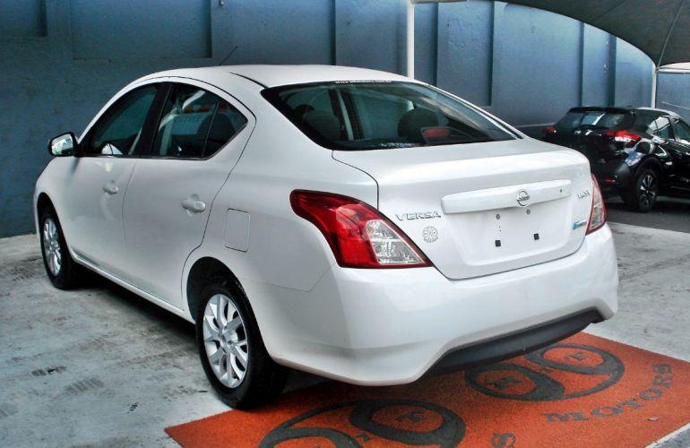 Nissan Versa 1.6 16V Flexstart Sv - Foto #6