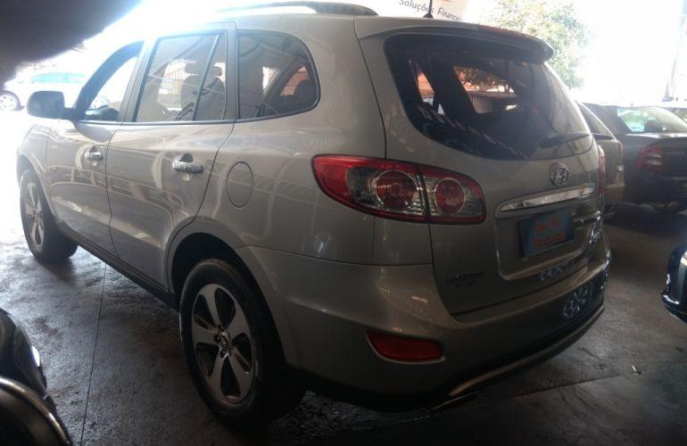 Hyundai Santa Fe GLS 3.5 V6 4x4 5L - Foto #5