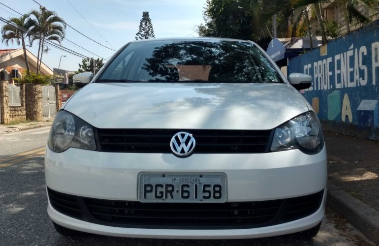 Volkswagen Polo Hatch. 1.6 8V I-Motion (Flex) (Aut) - Foto #1