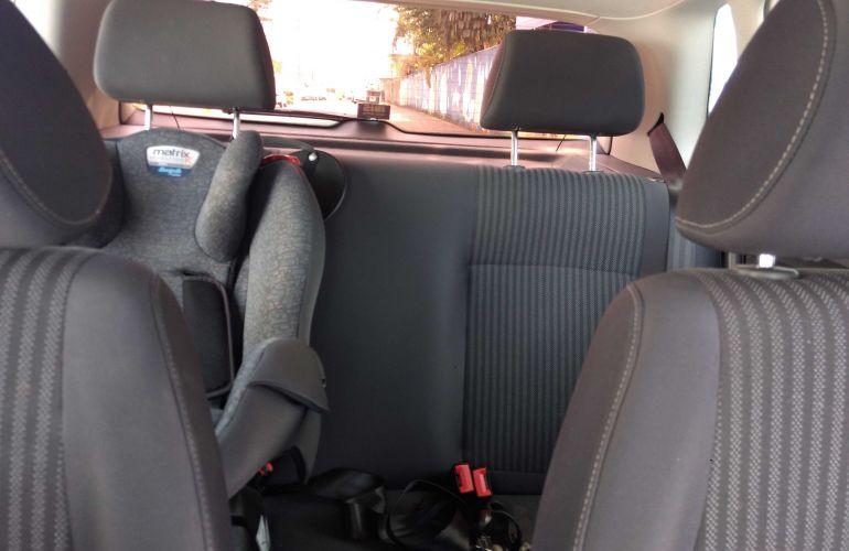Volkswagen Polo Hatch. 1.6 8V I-Motion (Flex) (Aut) - Foto #8