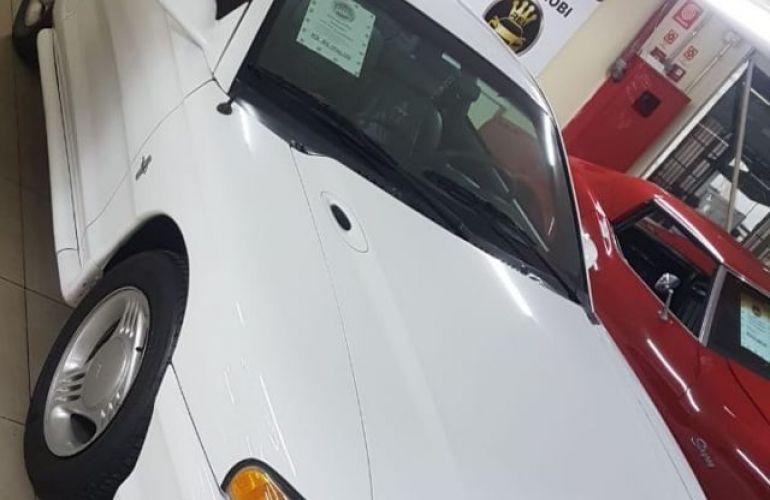 Ford Mustang 3.8 V6 - Foto #3