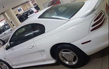 Ford Mustang 3.8 V6 - Foto #4