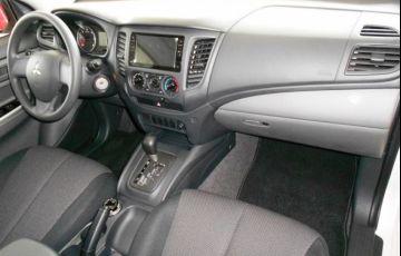 Mitsubishi L200 Triton Sport GLS 4WD 2.4 TD - Foto #9