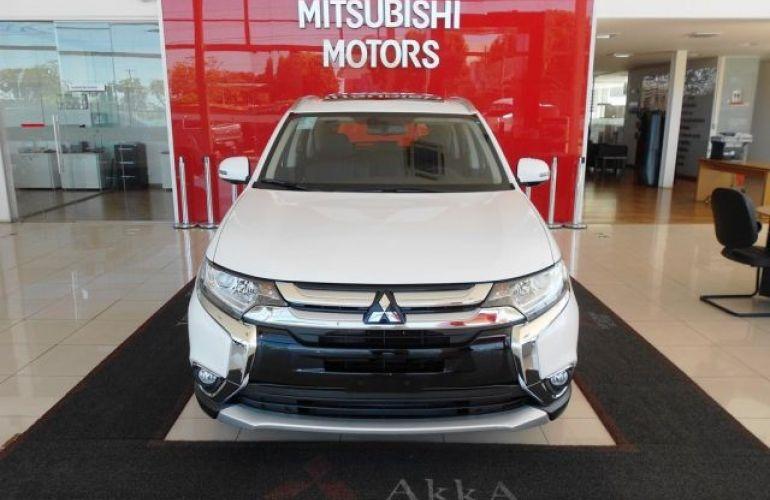 Mitsubishi Outlander GLS 2.0 CVT - Foto #2