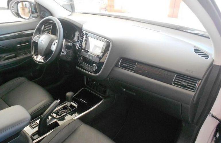 Mitsubishi Outlander GLS 2.0 CVT - Foto #4