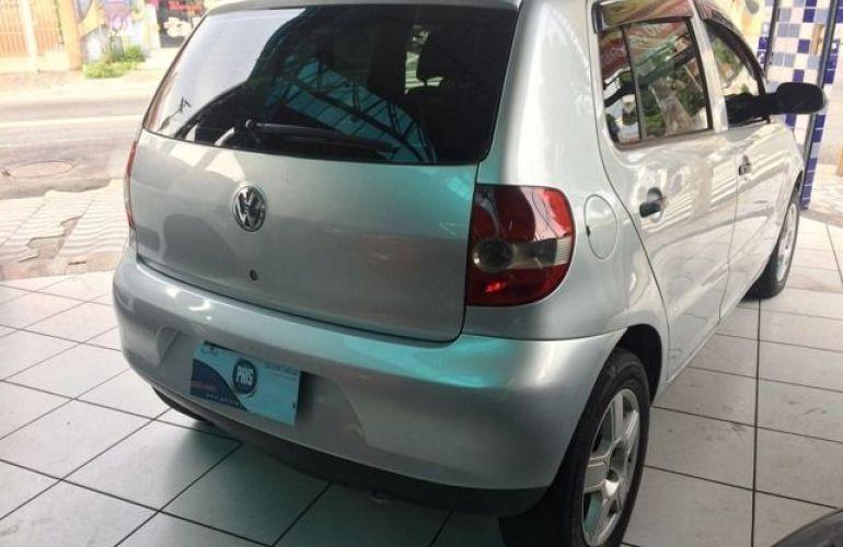 Volkswagen Fox 1.0 Mi 8V Total Flex - Foto #2