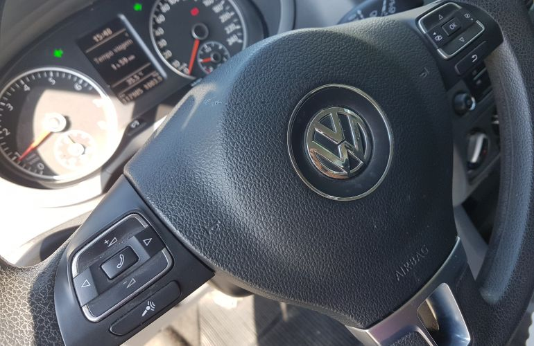Volkswagen Fox 1.6 VHT (Flex) - Foto #5