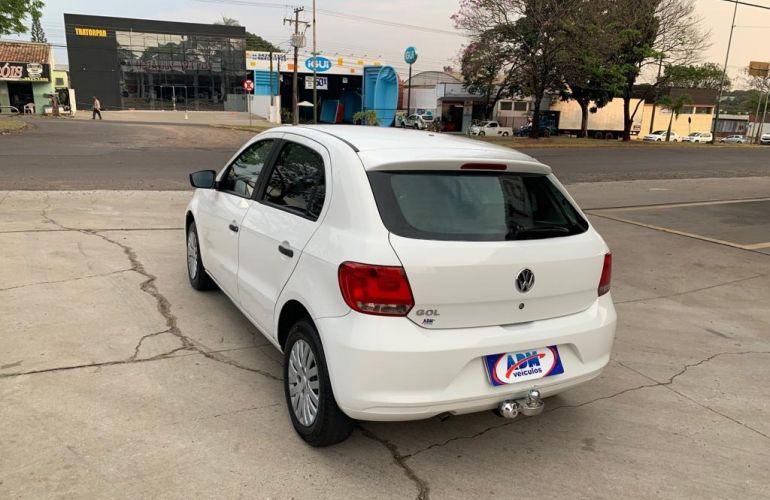 Volkswagen Gol Trend 1.0 MI - Foto #4